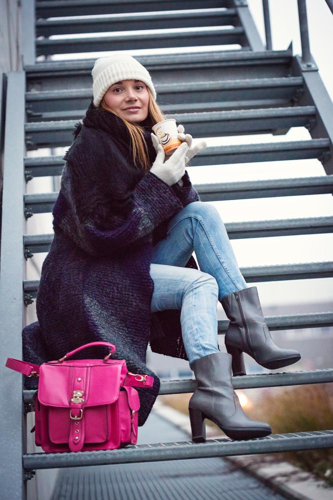 Wool_Clothing, Pink_Bag