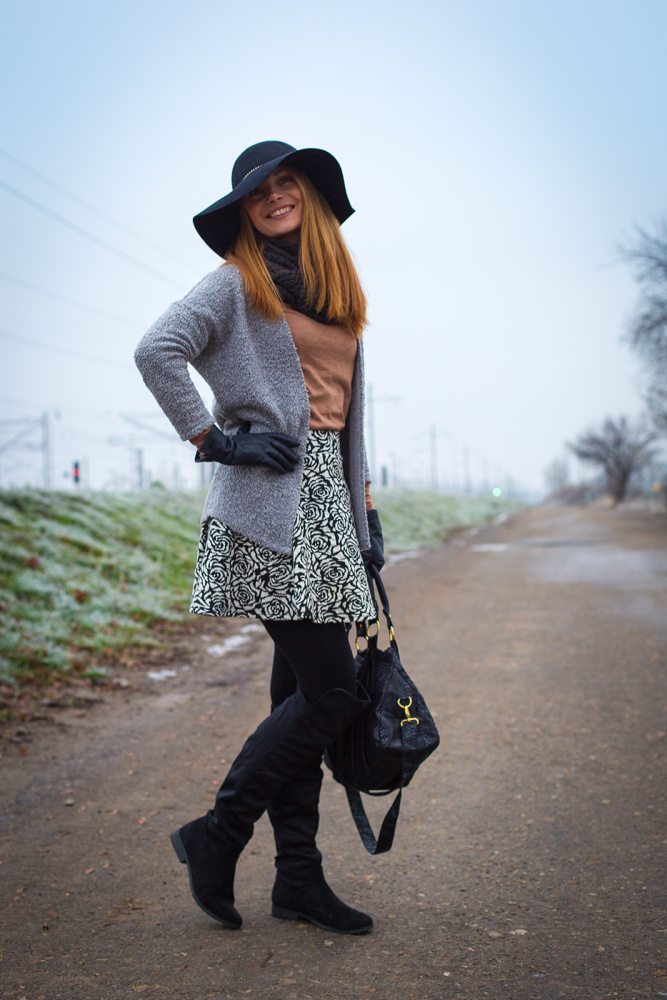 Rose Pattern Textured Skirt Outfit | Chic Cocktail