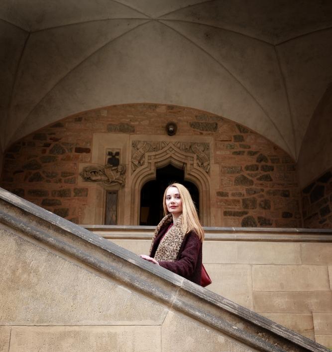 Faux_Fur_Leopard_Boa_Brno_Church_Entrance