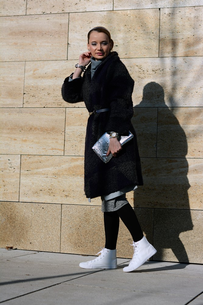 wool_belted_coat_white_sneakers_silver_clutch_outfit