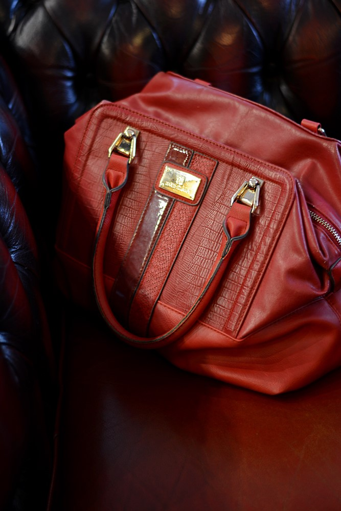 Red_bag_River_Island
