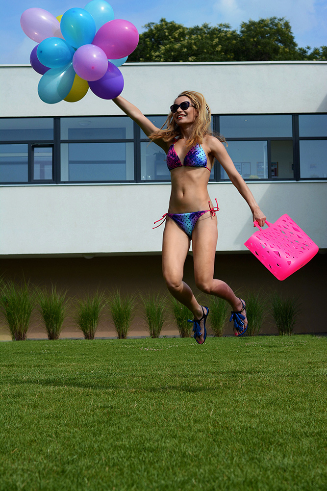 Balloons_Puma_bikini_colorful_swimmwear