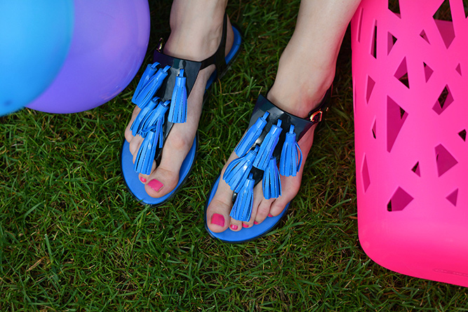 Melissa_jelly_shoes_blue_tassle_sandals